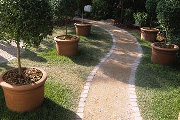 Gartenweg Anlegen Kies Gartenweg Anlegen Mit 6 Verschiedenen