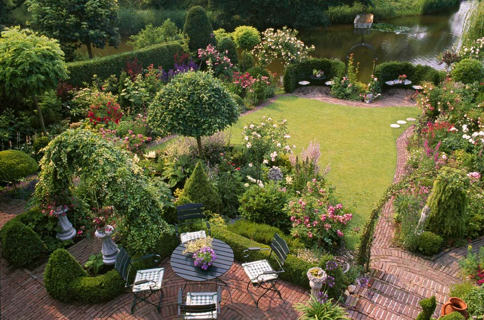 Gartenstile von stadtgarten bis englischer garten for Einfache gartengestaltung