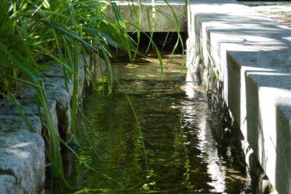 https://www.meister-und-meister.de/wp-content/uploads/2019/06/gartenbrunnen-bb1-420x280.jpg